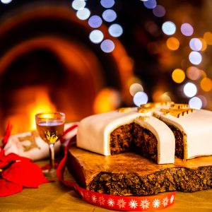 Christmas Cakes from Bizzibeans
